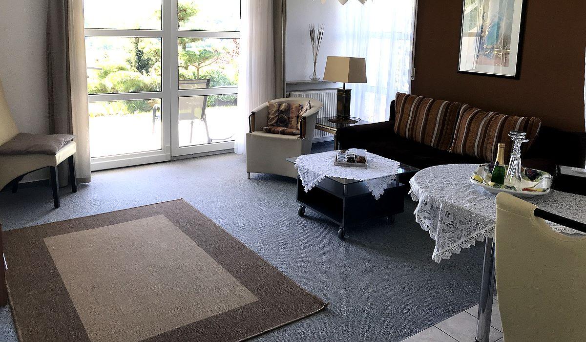 Ferienwohnung / Appartementhaus Laura Sophia in Bad Bocklet bei Bad Kissingen - 0_appartement-laura-sophia.jpg