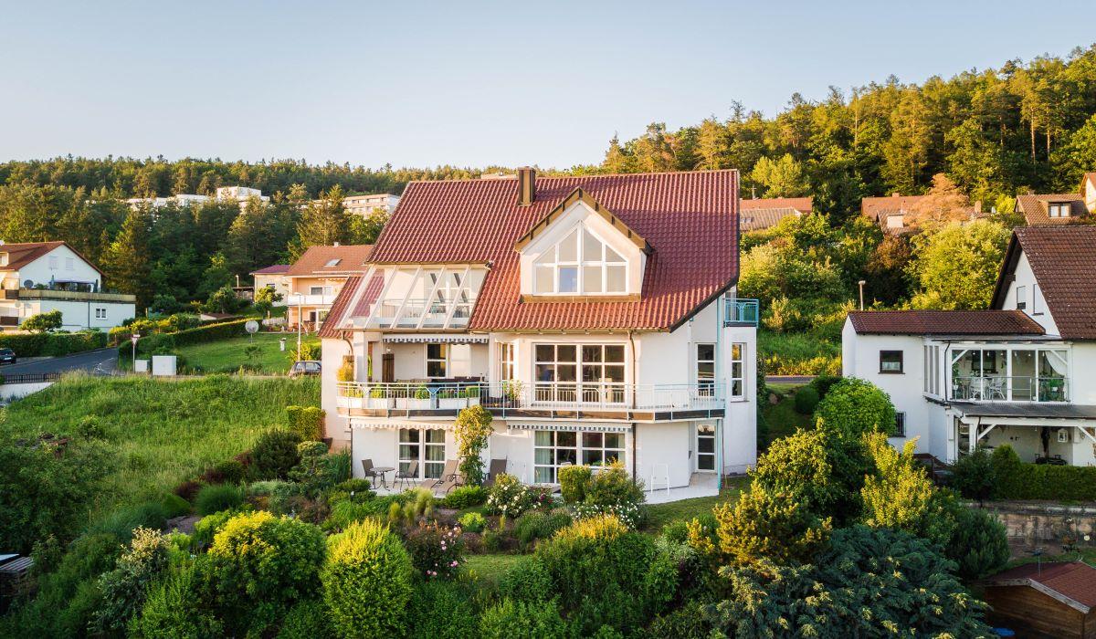 Ferienwohnung / Appartementhaus Laura Sophia in Bad Bocklet bei Bad Kissingen - 2_ferienwohnung.jpg